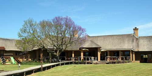 Hlosi Game Lodge Lodge Exterior Min
