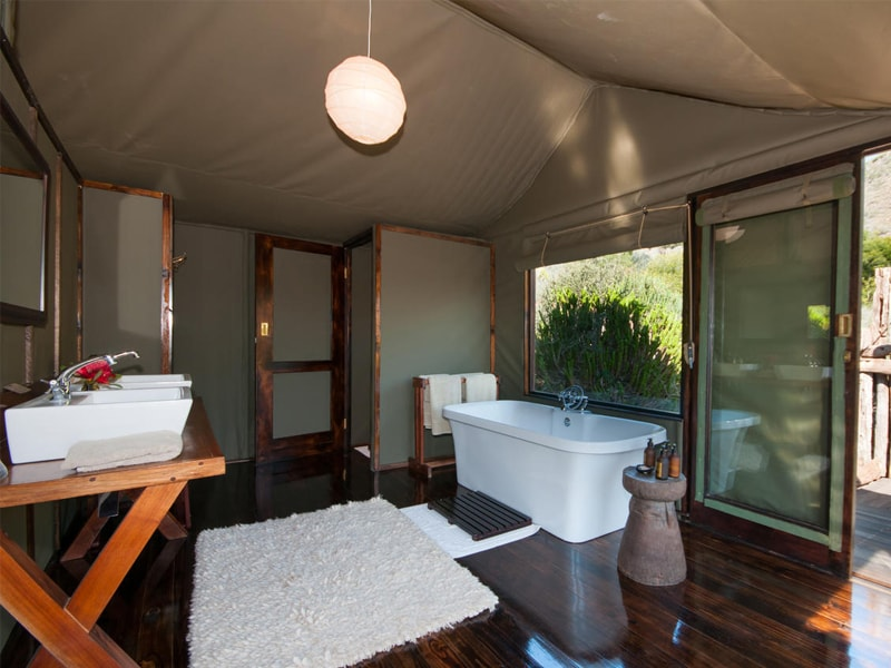 Hills Nek Safaris Amakhala Game Reserve Bathroom Min